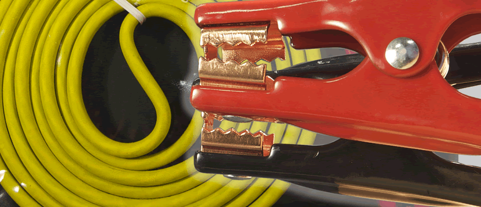 Learn How to Properly Jump Start a Vehicle Using Rescue® Booster Cables